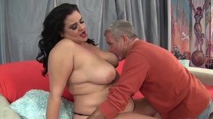 Plumper gal lets her buddy suck her tits kiss and lick her ass and love tunnel
